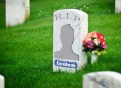 Quando una persona muore cosa succede su Facebook?